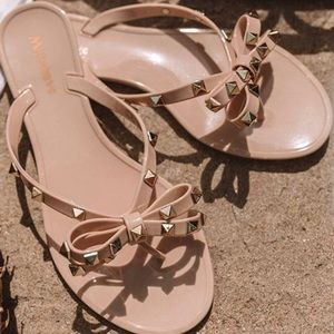 Shoes - 'The Aria' Bow Sandal In Iced Latte